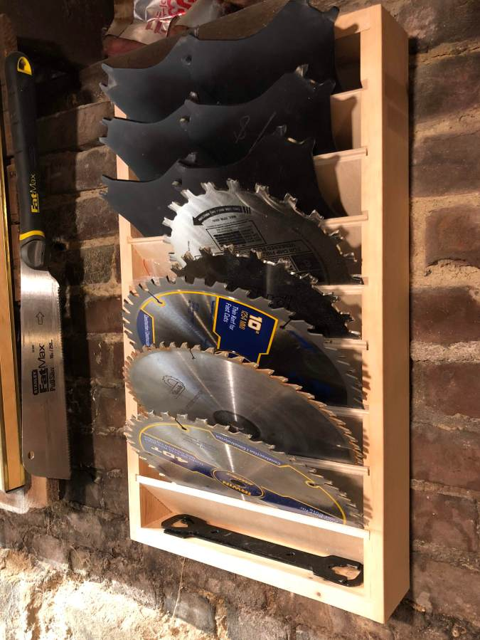 Table Saw Blade Holder