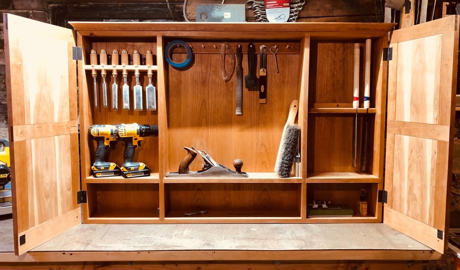 tool_cabinet